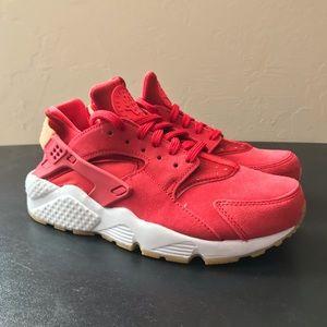 NEW Nike Air Huarache Run SD Red